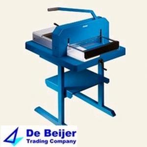 Dahle 846 stapel-snijmachine voor papier op A3 formaat