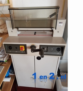 IDEAL3915  stapel-snijmachine voor papier A4+